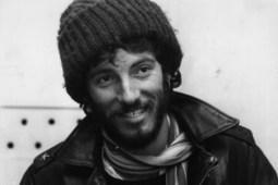 40 Years Ago: Bruce Springsteen's 'Greetings from Asbury Park, N.J.' Released - Ultimate Classic Rock | Bruce Springsteen | Scoop.it