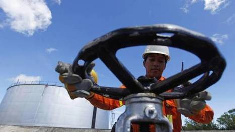 IEA sees oil market balance in 2016, surplus to re-emerge next year | International e-commerce | Scoop.it