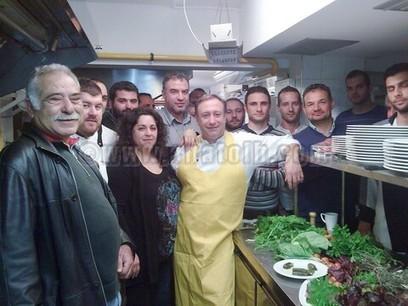Μαθήματα μαγειρικής από το σεφ Γιάννη Μπαξεβάνη | travelling 2 Greece | Scoop.it