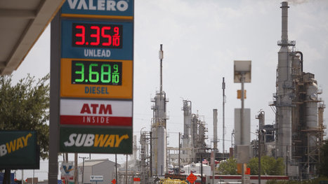 Drivers Everywhere Pay Less At the Pump Because of the New American Oil Bonanza | The Political Side of Things | Scoop.it