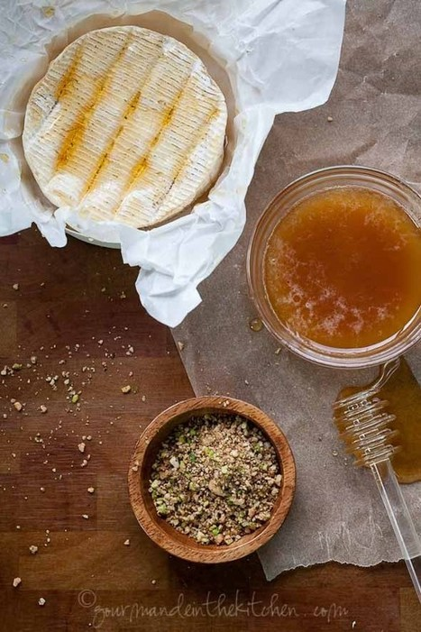 Dukkah Crusted Baked Brie and the Flavors of 2013 | Gourmande in the Kitchen | À Catanada na Cozinha Magazine | Scoop.it