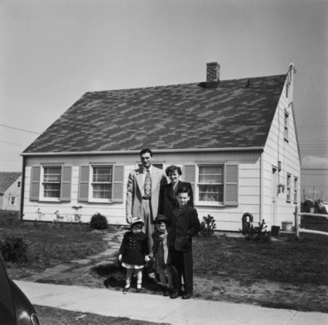 Levittown: Documents of an Ideal American Suburb | A Cultural History of Advertising | Scoop.it