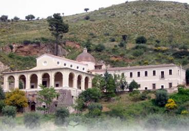 Chiesa della Madonna della Catena   Viaggi e vacanze in Calabria   Scoop.it