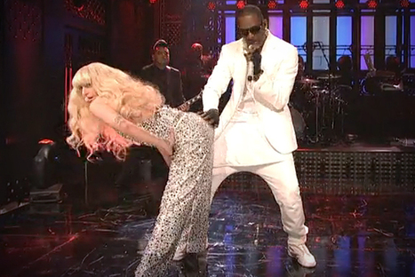 """Lady Gaga and R. Kelly's depressing sex show on """"Saturday Night Live"""" 