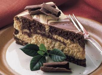 REESE'S Marble Cheesecake | The Man With The Golden Tongs Hands Are In The Oven | Scoop.it