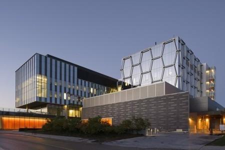 Mike & Ophelia Lazaridis Quantum-Nano Centre / KPMB Architects   +Arquitectura   Scoop.it
