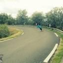 Sur son skateboard, à 100 km/h - Aroundthesport   Around the sport   Scoop.it
