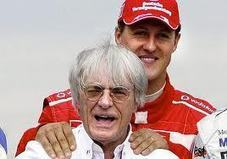 "Desporto Global: Ecclestone: ""Schumacher não devia ter regressado"" 