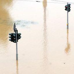 +++ Hochwasser-Liveticker +++: Pegel in Dresden könnte auf neun Meter steigen - SPIEGEL ONLINE | Allemagne | Scoop.it
