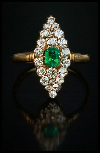 Get the look: JLo's emerald and diamond ring party. | Diamonds, Gold & Jewellery | Scoop.it