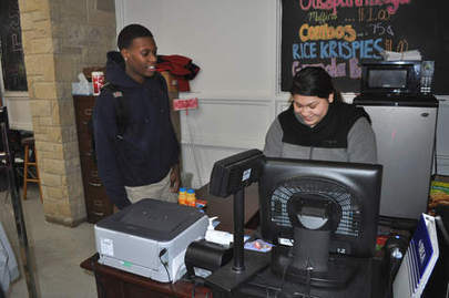 East Aurora High School store only one in state to earn gold - Aurora Beacon News | Local elected officials | Scoop.it
