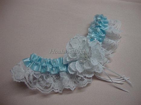 Lace garter with lace flower | Wedding Garters | Scoop.it