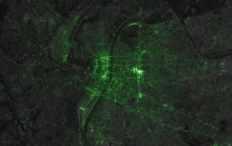 Sur la carte mondiale des tweets, on repère les gares, les aéroports, les aires d'autoroute… | Géographie : les dernières nouvelles de la toile. | Scoop.it