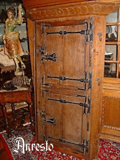 Gotische kast eik antiek 18de eeuws | Antiek Antique | Scoop.it