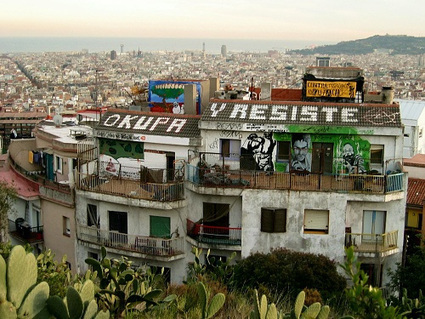 Barcelona Squatters Occupy Buildings Taken Over By Banks ... | Urbanism 3.0 | Scoop.it