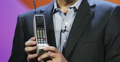 The First Cellphone Went on Sale 30 Years Ago for $4,000 | Mashable.com | Surfing the Broadband Bit Stream | Scoop.it