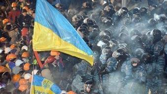 Ukraine protesters clash with police, demand president's resignation - Los Angeles Times | News You Need to Know | Scoop.it