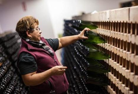American Sparkling #Wine Is Set To Pop This Holiday Season | Vitabella Wine Daily Gossip | Scoop.it