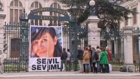 LYonenFrance.com: Revue de presse : le recrutement 2.0, le procès de Sévil Sevimli, 920 mécènes pour un tableau du M.B.A de Lyon ! | LYFtv - Lyon | Scoop.it