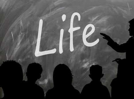 Έχω τρεις ρόλους στην τάξη: δάσκαλος, γονέας και κοινωνικός λειτουργός | Διάφορα | Scoop.it