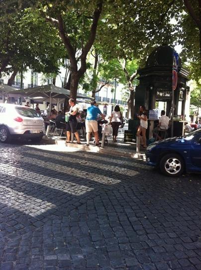 Largo Do Carmo -Lisbon - Turzain - short & long term apartment rentals in Portugal | Lisbon | Scoop.it