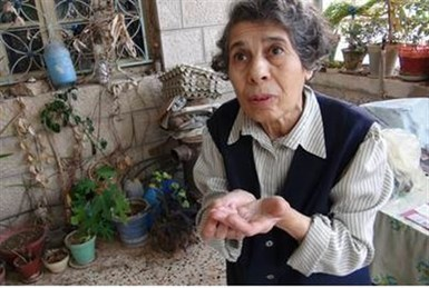 70-Year-Old Jewish Woman Stands Up to Arab Attackers | News You Can Use - NO PINKSLIME | Scoop.it