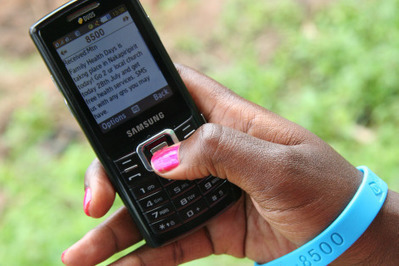 How Mobile Phones Are Changing the Developing World | Stories of UNICEF Innovation | Media for development | Scoop.it