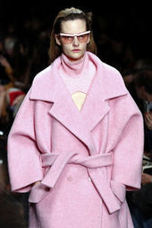 Le manteau en laine fait sa révolution   La mode en vestes et manteaux   Scoop.it