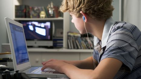 About 1 in 4 young teens meet screen-time guidelines | Kevin and Taylor Potential News Stories | Scoop.it