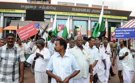 Traders deplore FDI in retail - The Hindu | FDI in retail to proceed | Scoop.it