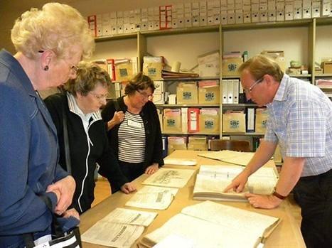 Les Archives municipales dévoilent leurs trésors , Honfleur 18/07/2011 - ouest-france.fr | GenealoNet | Scoop.it