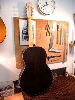 Antoine Payen luthier guitare à Sauveterre de Rouergue en Aveyron | L'Aveyron | Scoop.it