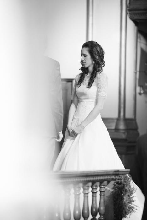 Kayla + Ben: A Simple Church Wedding by Rachel Havel ... | Naturally Beautiful Weddings | Scoop.it