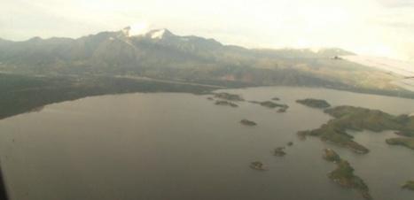 Crash en Indonésie : 54 disparus, une fortune dispersée dans la montagne | Bernard Darty | Scoop.it