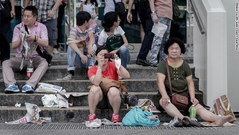 China's first tourism law comes into effect, tourists issued manners guides | Comparative Government and Politics | Scoop.it