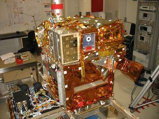 CCT AIT - Intégration de charge utile et véhicule spatial   Les CCT du CNES   Scoop.it
