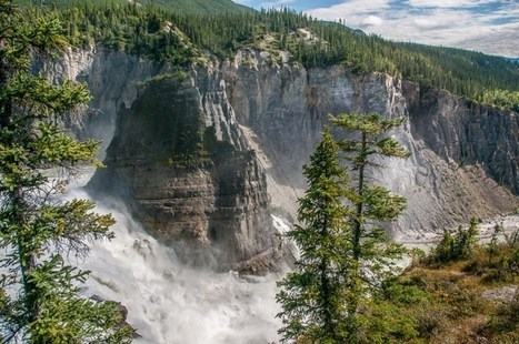 Virginia Falls in Nahanni National Park, Northwest Territories, Canada | All About Travel | NWT News | Scoop.it