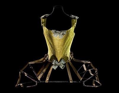 Les Arts décoratifs exposent l'histoire des «dessous» | Théo, Zoé, Léo et les autres... | Scoop.it