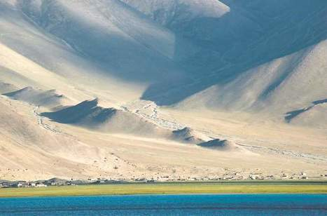 The high road on the Karakoram Highway, • Ancient history, modern ... - Bend Bulletin | History | Scoop.it