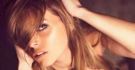 Alexia (SS7) : En décolleté sexy sur Twitter - meltyBuzz | Babe | Scoop.it