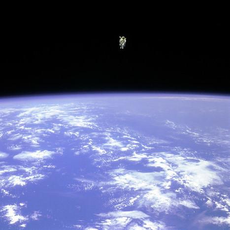 Iconic NASA Space Walk Photos | Foto's | Scoop.it