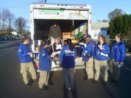 Ironic? Occupy Sandy Feeds FEMA Workers : | News You Can Use - NO PINKSLIME | Scoop.it