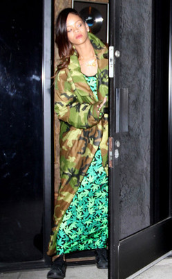 Rihanna Spotted at the Studio with Chris Brown Wearing a Marijuana Dress? | Cannabis & CoffeeShopNews | Scoop.it