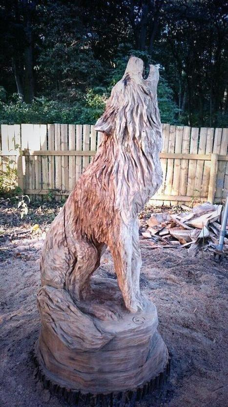 Twitter / treecarving: All done! #wolf #sculpture ... | Art Universe | Scoop.it