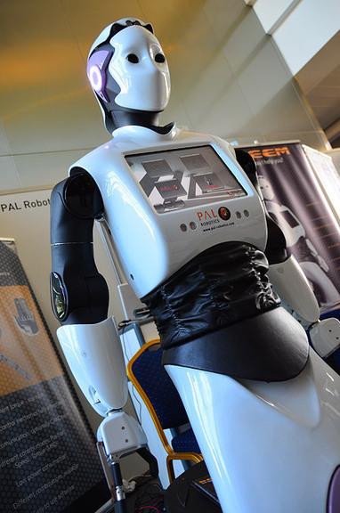 [IROS 2012] Expo Gallery - IEEE Spectrum   The Robot Times   Scoop.it