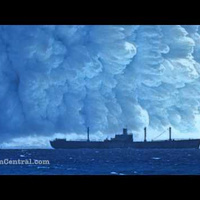 This Is What Happens When a Nuclear Bomb Explodes Under Water - VIDEO   OUR OCEANS NEED US   Scoop.it