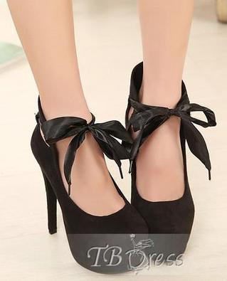 Queen Fashion Black Velvet Round Toe Lace-up Stiletto Heel Pumps   fashion numbleone   Scoop.it