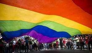 Homosexuels : une menace de persécution dans son pays ne garantit pas l'asile dans l'UE | L'état et l'individu | Scoop.it