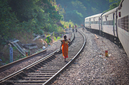 Stepping off the path + A train ride to Hampi, India | Incredible Karnataka | Scoop.it