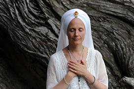 Snatam Kaur's Gratitude Monday: Rakhe Rakhanhaar | Kundalini Yoga | Scoop.it